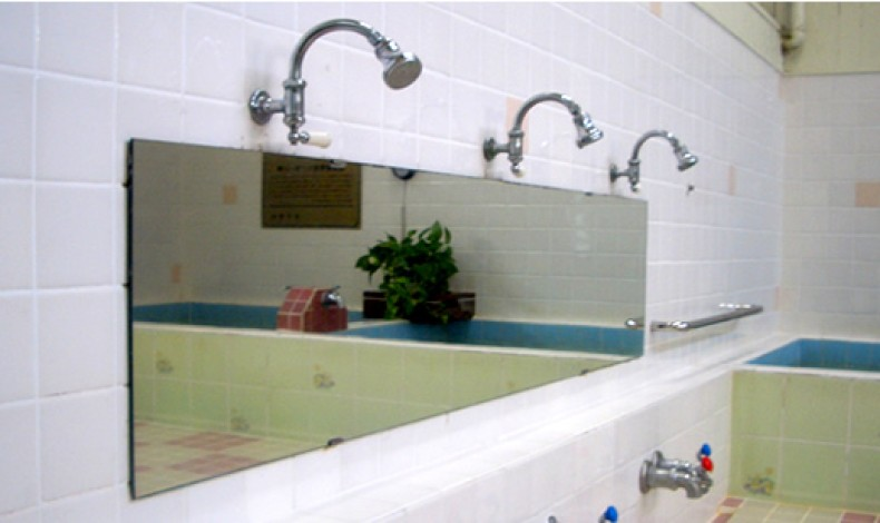 """""""ノスタルジックを感じる、古き良きお風呂屋さんです。"""""""